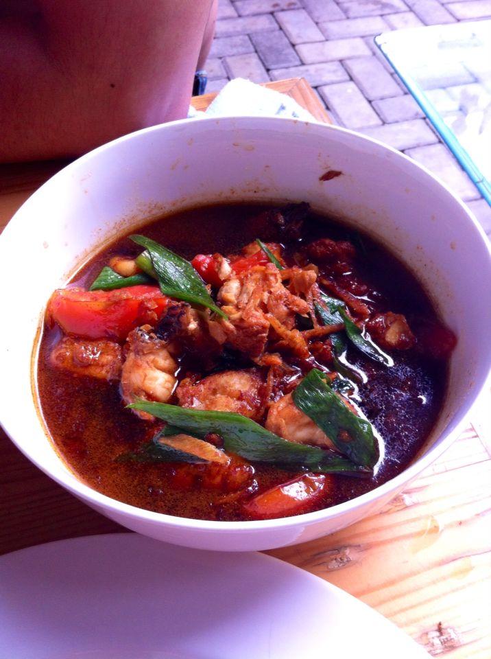 Tenggiri with sweet sauce