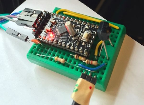 328 best diy electronic projects images on pinterest diy now you can play your favorite retro games on your tv from an overclocked arduino theres just something about retro gaming inspired projects that we cant solutioingenieria Image collections