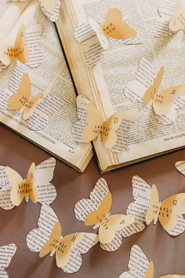 チョウチョが華やか♡結婚式のおしゃれエスコートカード一覧♡ウェディング・ブライダルの参考に♪