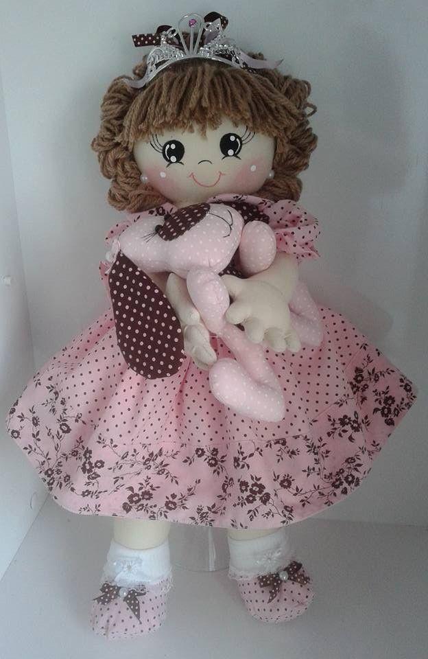 Boneca e mascote