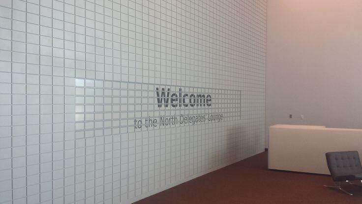 ePaper display / eWall @ UN headquarters New York #ePaperdisplay #epapersignage #einksignage #mpicosys #ewall #epaper #eink