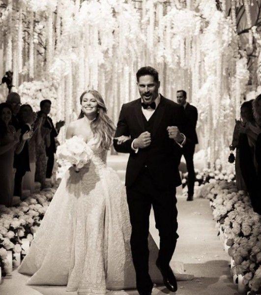 Sosem látott fotók kerültek elő Sofia Vergara és Joe Manganiello esküvőjéről