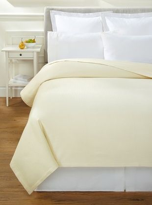 52% OFF Hotel Fine Linens Feather Touch Cotton Blanket (Cream)