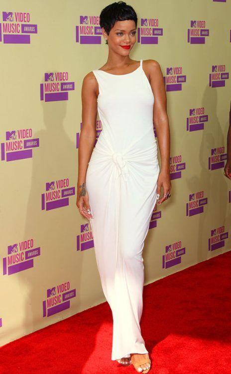 Rihanna. Why is she so amazing?