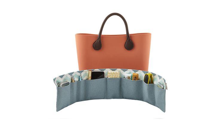 BrightMe Aqua purse organizer