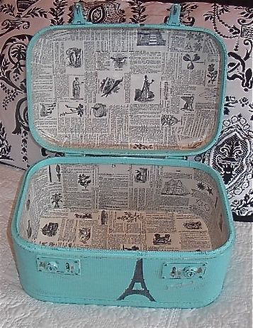 I love the look of the old newspaper inside. Maybe I can find some scrapbook paper that looks like this?