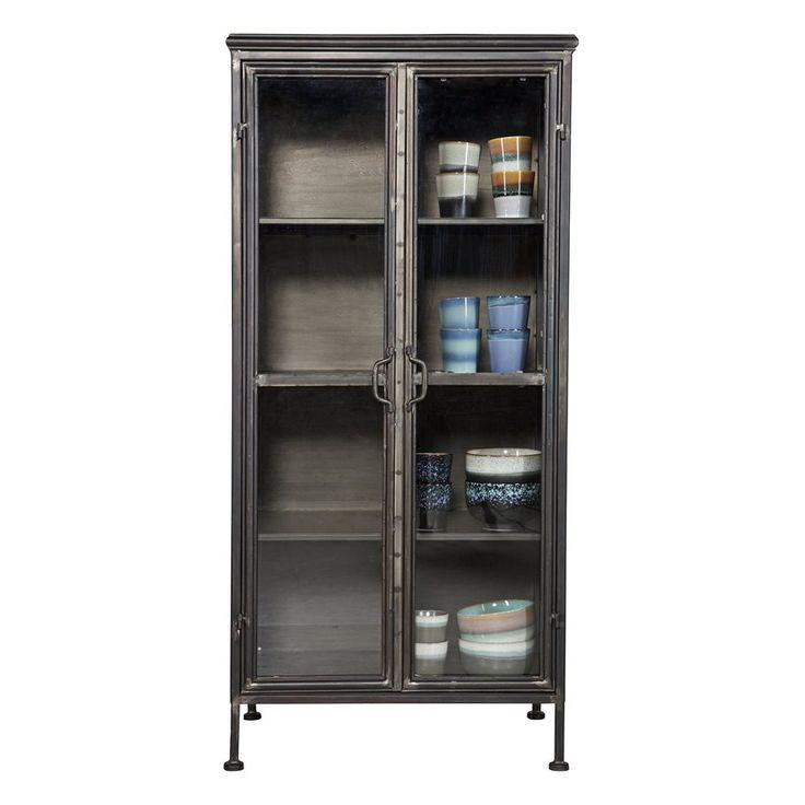 Het Puristic kastje van BePureHome is een puur simplistisch kastje. Hij is perfect om je servies of vazen en schalen in op te bergen. De kast is gemaakt van staal en dankzij het glas kun je altijd gluren naar jouw favoriete woon- en keukenitems!