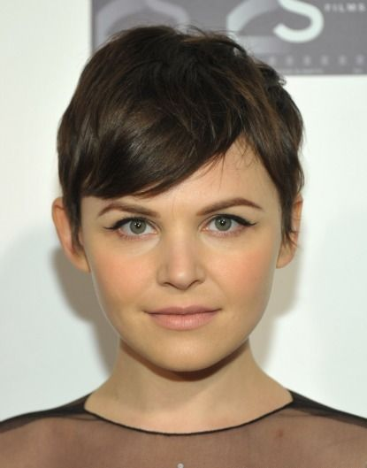 7 ways to style a pixie hair cut...this could come in handy