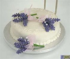 46 Best Lavender Wedding Cakes Images On Pinterest