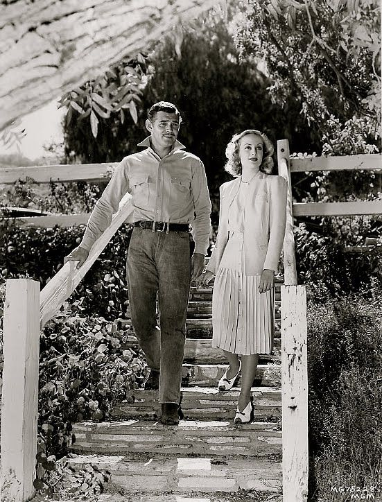 Clark Gable and Carole Lombard at their home.