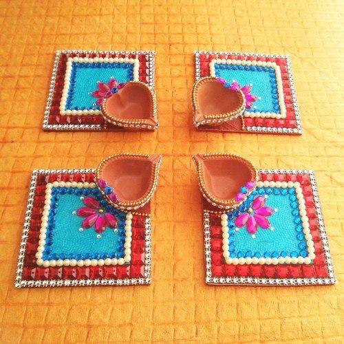 Decorative Kundan Diya Plate & Diya 8 Pice - Online Shopping for Diyas and Lights by Dipti Art & Craft