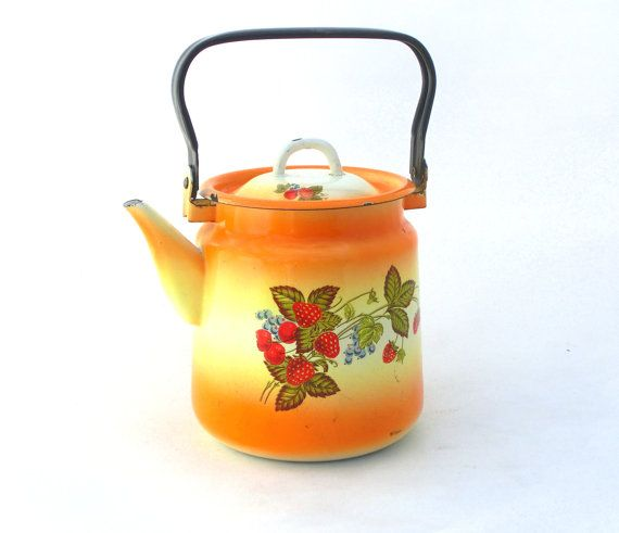 Check out this item in my Etsy shop https://www.etsy.com/listing/169153403/vintage-enamel-kettle-water-ware-yellow