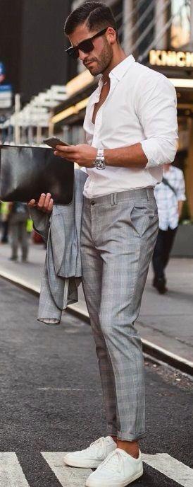 Roupa de Homem para Trabalhar. Macho Moda - Blog de Moda Masculina: Roupa de Homem para Trabalhar no Verão 2018, dicas para Inspirar! Moda para Homens, Como se vestir para Trabalhar Homem, Roupa de Escritório Masculina, Camisa Branca, Tênis com Costume, Calça Social Cinza Xadrez