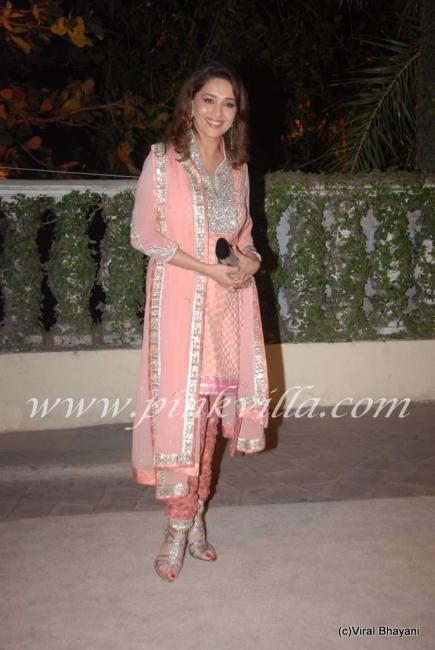 Madhuri Dixit at Actor Imran Khan & Avantika Malik's wedding reception | PINKVILLA