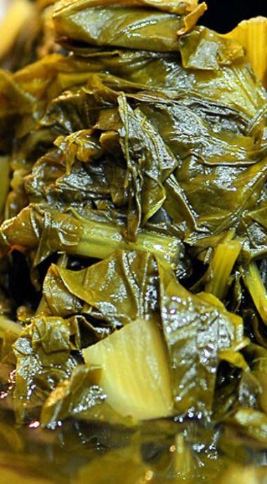 slow cooker turnip greens