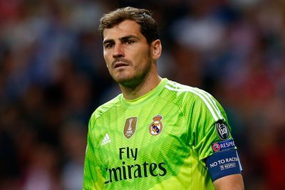 Iker Casillas wants to stay but Real Madrid decide to part ways with him