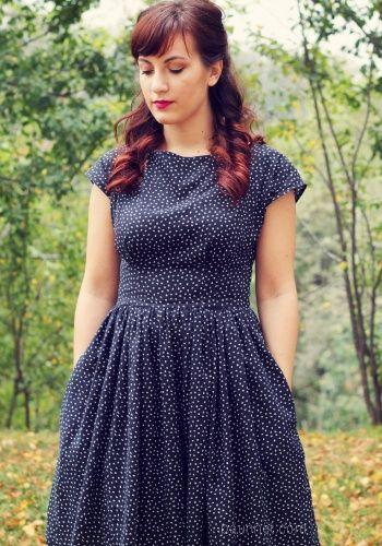 Paunnet is Happy Anna in a Anna dress