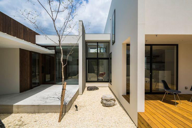 keitaro muto architects realizes sunomata house in japan