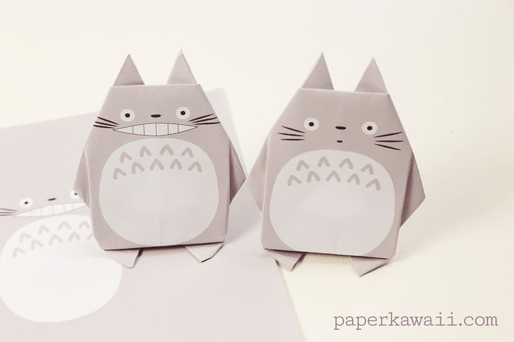 Origami Totoro Tutorial & Free Printable Paper, Learn how to fold a super kawaii origami Totoro with an easy to follow video tutorial! Download 2 free printable origami papers or draw on your own face!  #cuteorigami #kawaii #totoro