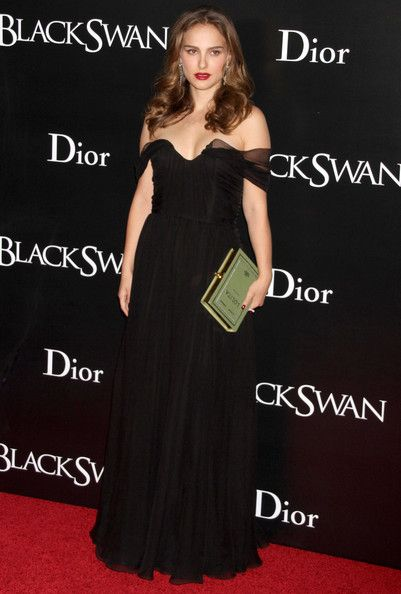 Natalie Portman: Red Carpet - Best Celeb Dior Campaigns  - Photos