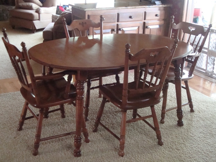 Tell City Dining Set (Rock Maple Collectors Edition). Valued At Over  $1800.00.