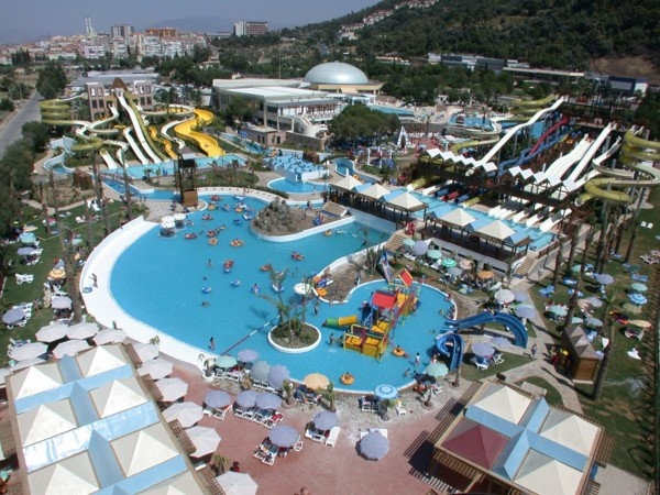 Aquacity Balcova #Izmir #Turkey http://www.blooloop.com/CompanyDetails/Polin-Waterparks-and-Pool-Systems/679