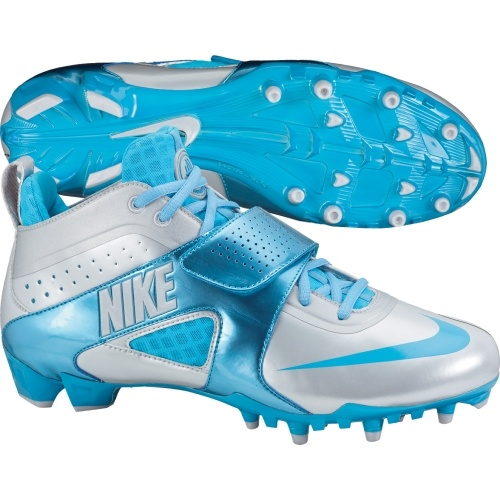 Nike Huarache III Lacrosse Cleat. I LOVE this blue!!! wish i didnt already have them in neon...