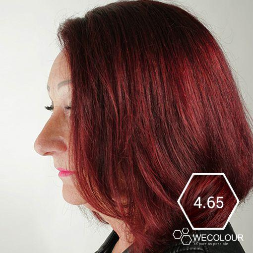Een erg mooie mahonie rood bruine haarkleur. De haarverf van WECOLOUR is 100% grijsdekkend en bevat geen ammonia, PPD en parabenen.   #mahonie #haarverf #zonderammonia