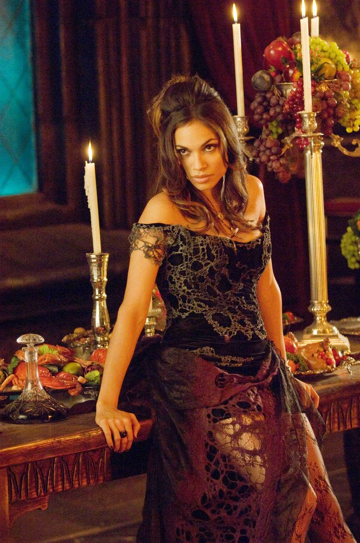 Rosario Dawson as Persephone in Percy Jackson & the Olympians: The Lightning Thief. This dress is so pretty.