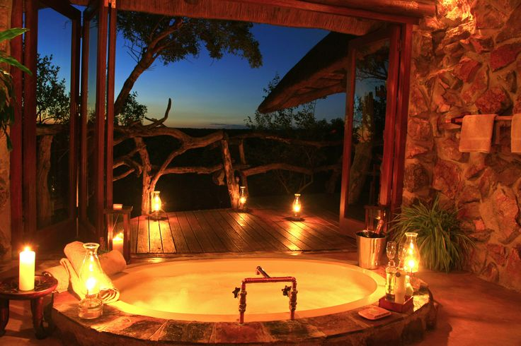 Luxury Bathroom at our favourite lodge, Ants Hill Bush House in the heart of the Limpopo province.  #Luxury #Bathroom #Safari #Opulent