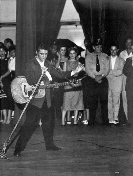 2537 best ELVIS THE KING images on Pinterest | Elvis ...