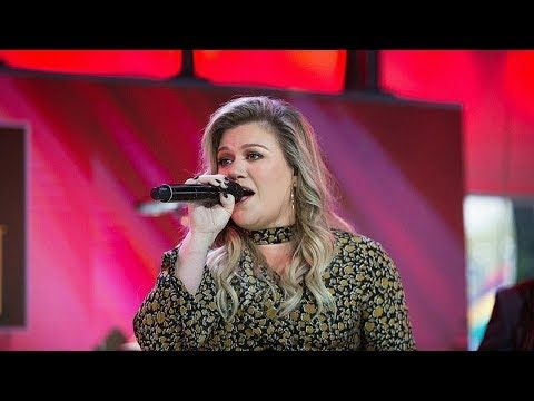 Kelly Clarkson Performs 'Love So Soft' & 'Meaning of Life' on The Today Show LIVE 10/30/17 - YouTube