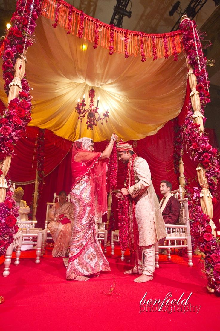 I just love Indian wedding decor.. just beautiful and vibrant #mandap #indianwedding