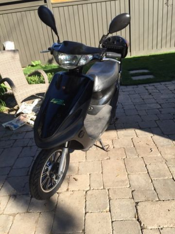 Gently Used Electro Wheels E-Bike / Electric Scooter - PRICE RED - http://www.gezn.com/gently-used-electro-wheels-e-bike-electric-scooter-price-red.html