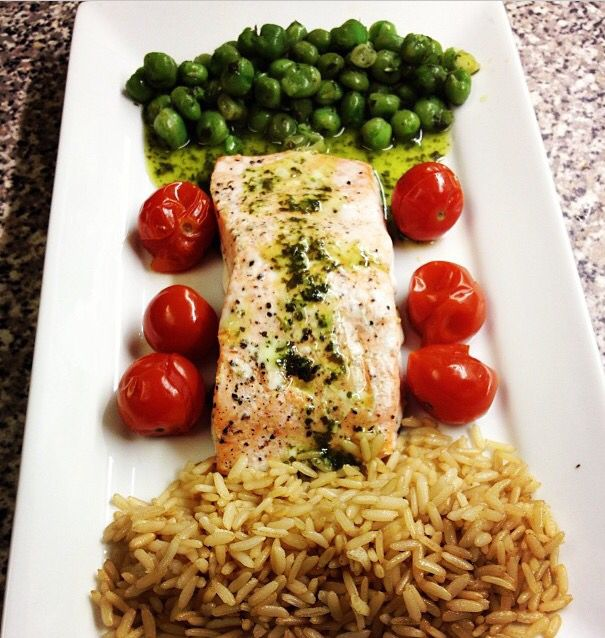 Salmon with minted peas and brown rice