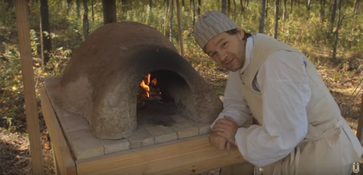 How To Build A Low Cost Wood-Fired Earthen Oven... - http://www.ecosnippets.com/diy/low-cost-wood-fired-earthen-oven/