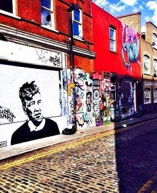 Tu cherches un endroit cool où te promener dans l'est de Londres ? Le quartier de Brick Lane est idéal ! Ce quartier sera un petit paradis pour les amateurs de Street Art, de magasins vintage et de vinyles, entre autres. Habitant dans l'Est, le quartier...