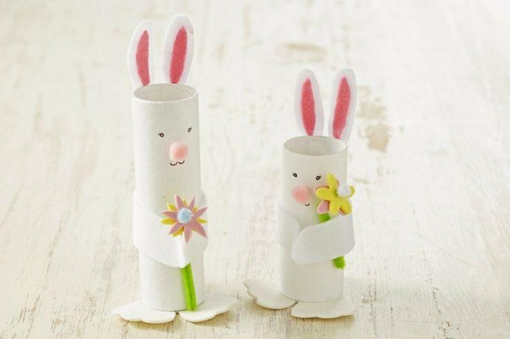 Basteln mit Kindern - coole Osterhasen aus Papierrollen