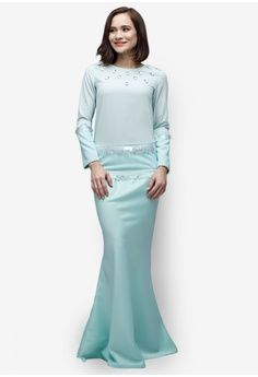 Arctica Modern Kurung from Emel by Melinda Looi in green_1