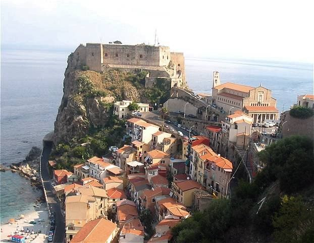 Scilla (castello Ruffo)