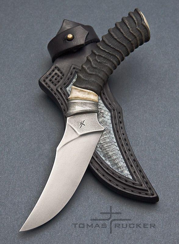 Custom Handmade Knives - Tomas Rucker ... TUAREG ... steel: N690 - 59HRC length: 235mm handle: moose antler, antilope horn sheath: leather - cobra, cow