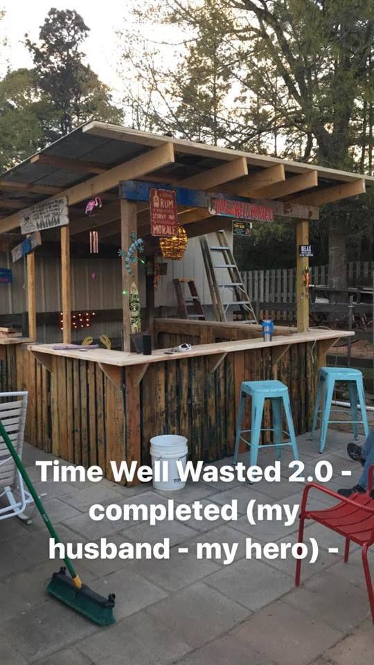 Meet our tiki bar Time Well