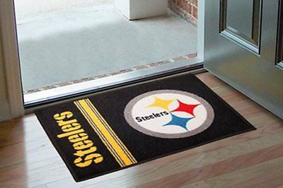 FanMats 8233 - Floor Mat with Pittsburgh Steelers - Uniform Inspired Logo