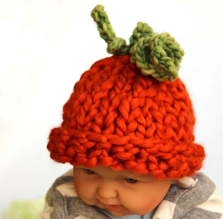 This adorable pumpkin hat is the perfect Fall photo prop for your newborn. .  by KnitaBitofWhimsy on Etsy