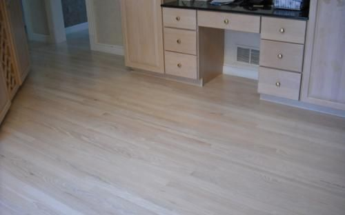 wood flooring in kitchen 1000 ideas about oak on oak floors 1575