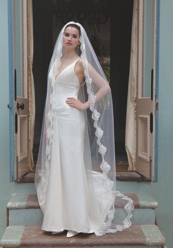 Milano | Weddingwonderland.nl white wedding veil witte sluier trouwjurken trouwjurk bruidsjurk bruidsjurken www.weddingwonderland.nl