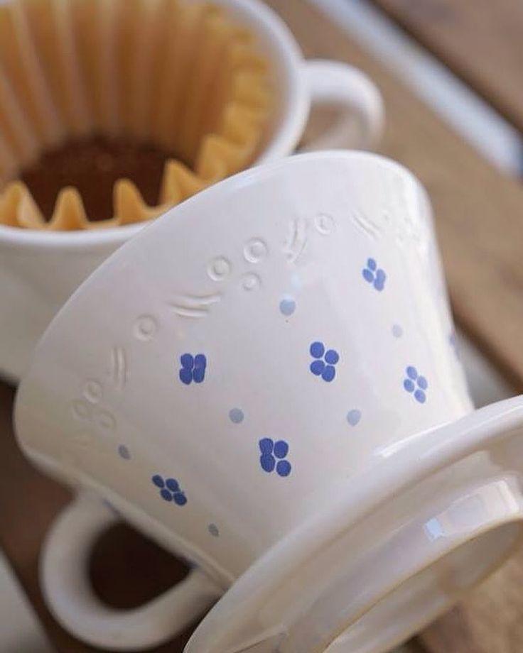 Testujeme ručně vyráběný Kalita překapávač z naší dílny @moravskakeramika #kalita #drip #kalitausa #kalitajapan #kalitawave #coffeeculture #aeropress #chemex #v60 #syphon #coffeedrip #frenchpress #filtercoffee #hario #barista #coldbrew #coffee #manmakecoffee #alternativebrewing #baristadaily #coffeegeek #coffeegram #coffeetime #coffeelover #handmade #czechrepublic #luhacovice #zlin #moravskakeramika #lazneluhacovice @kalitausa http://ift.tt/20b7VYo