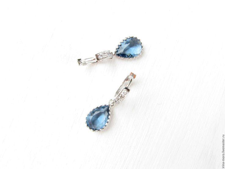 """Купить Серьги """"Капли дождя"""" - серьги ручной работы, серьги синие, синие серьги. Beautiful, original earrings """"raindrops"""" with cubic Zirconia and jewelry the glass cut.  #earring #jewelry #blueearrings #silverearrings #dangleearrings #longearrings #tasselearrings #oscarstyle #oscarearrings #luxuryjewelry #fashionjewelry #statementearrings #etsy #handmade #серьги #bridalearrings #zirconbridal #weddingjewelry"""
