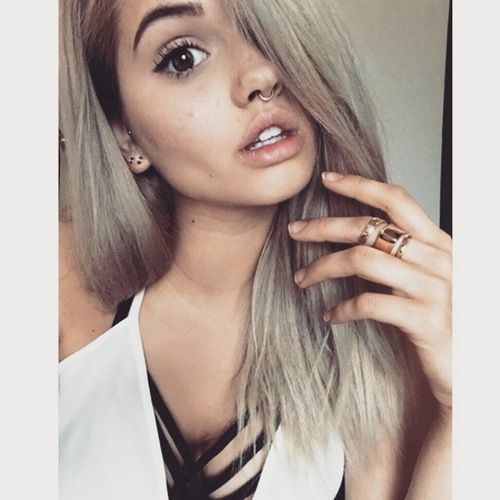 """Debby Ryan. Personally I like the """"new"""" Debby better. She seems more grown up and less preppy. Not that there's anything wrong with preppy but I can relate to her more now♡"""