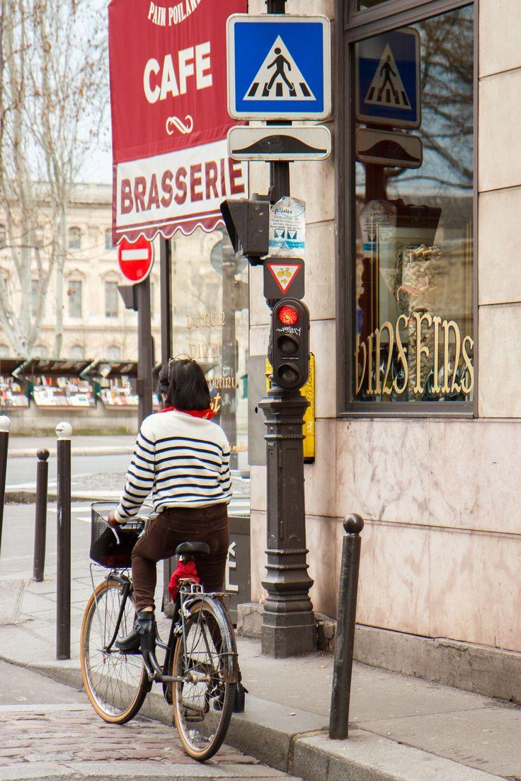 Sunday Paris Guide | Paris Travel Tips | Paris Photography | Travel Photography | Lifestyle Tips | Paris Weekend Tips